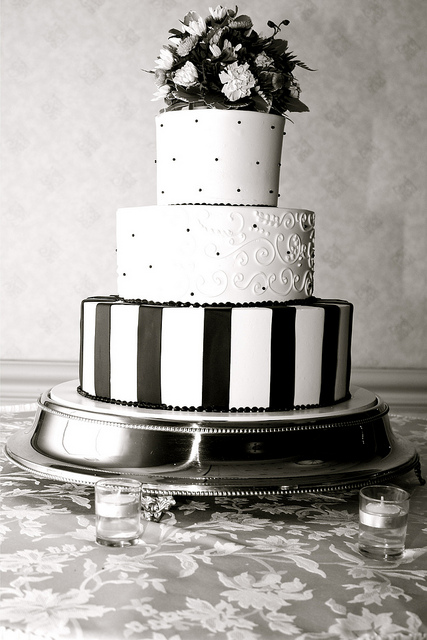 Black and White Wedding Cakes – The Criteria of Choosing ...