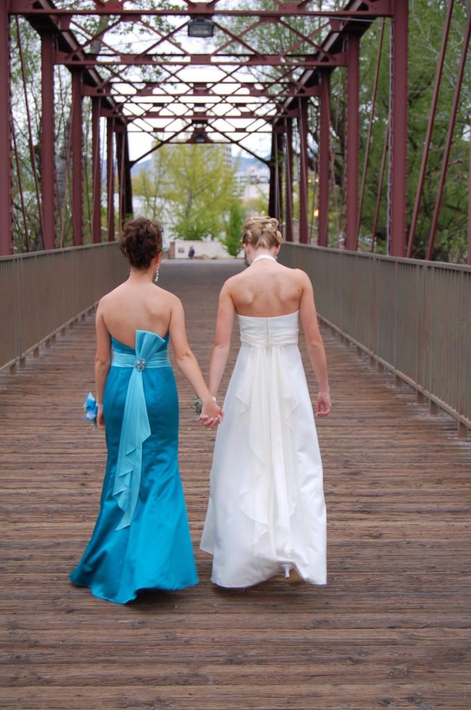 How to Choose Winter Wedding Dresses