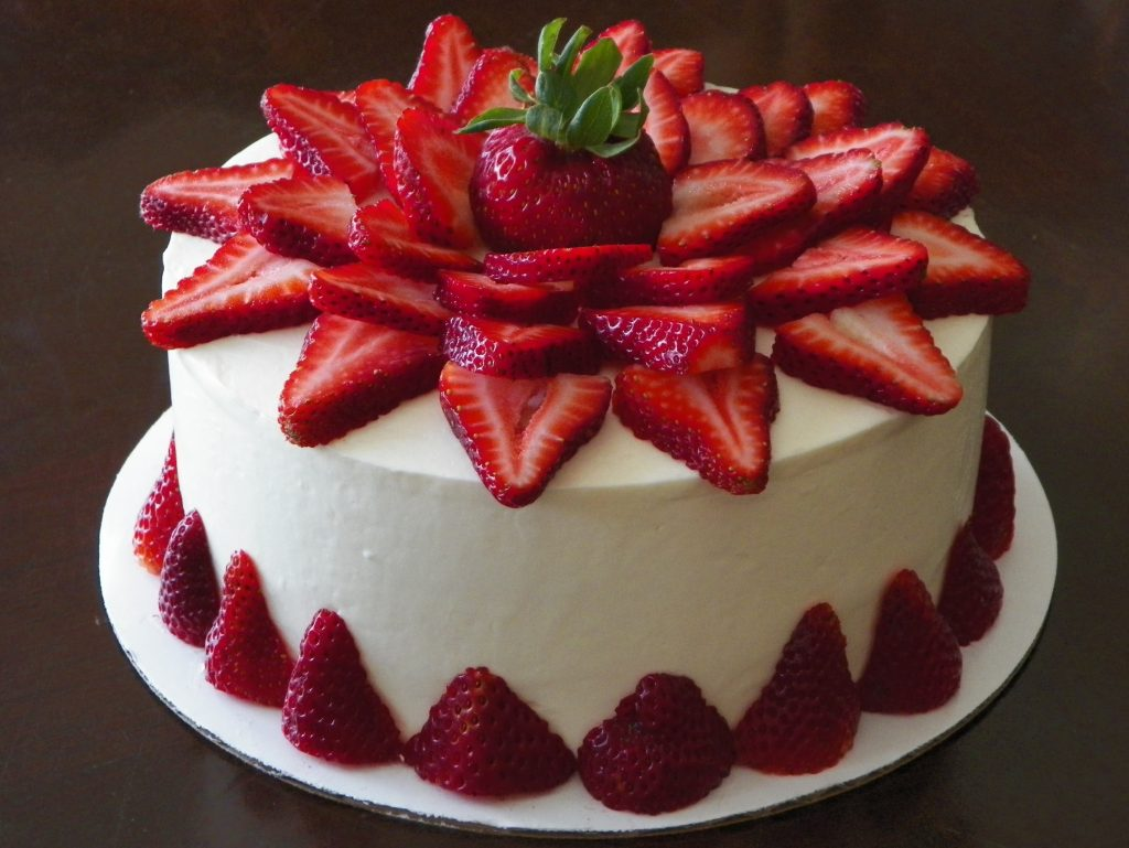 Strawberry Cake – Strawberry is blended and mixed with basic cake ...