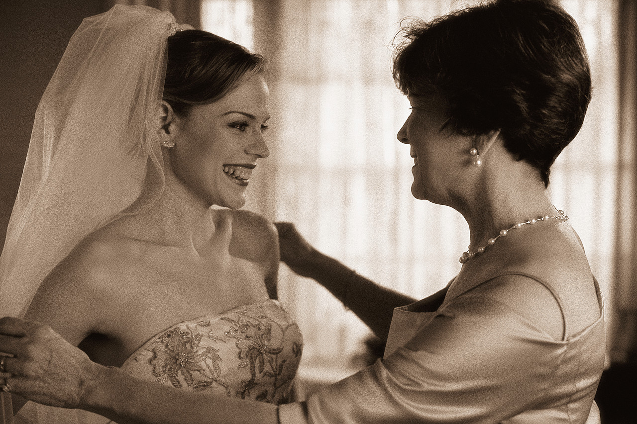 10 Things The Mothers Of The Bride And Groom Do Before The